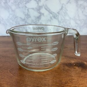 Pyrex 4 Cup / 1 Liter Measuring Cup Gray Logo