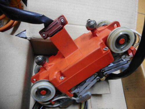 4//15//2,5W200 Details about  /DAMAG 87368444 CURRENT COLLECTOR for OVERHEAD CRANE