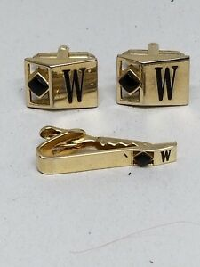 Gold-Tone-CuffLinks-and-Tie-Bar-with-Black-Stone-and-Initial-W