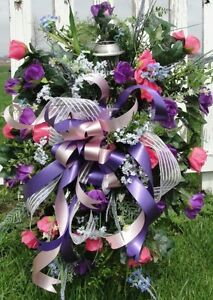 Standing-Cemetery-Grave-Pillow-Shipping-Spring-or-Fall-Funeral-Sympathy-Flowers