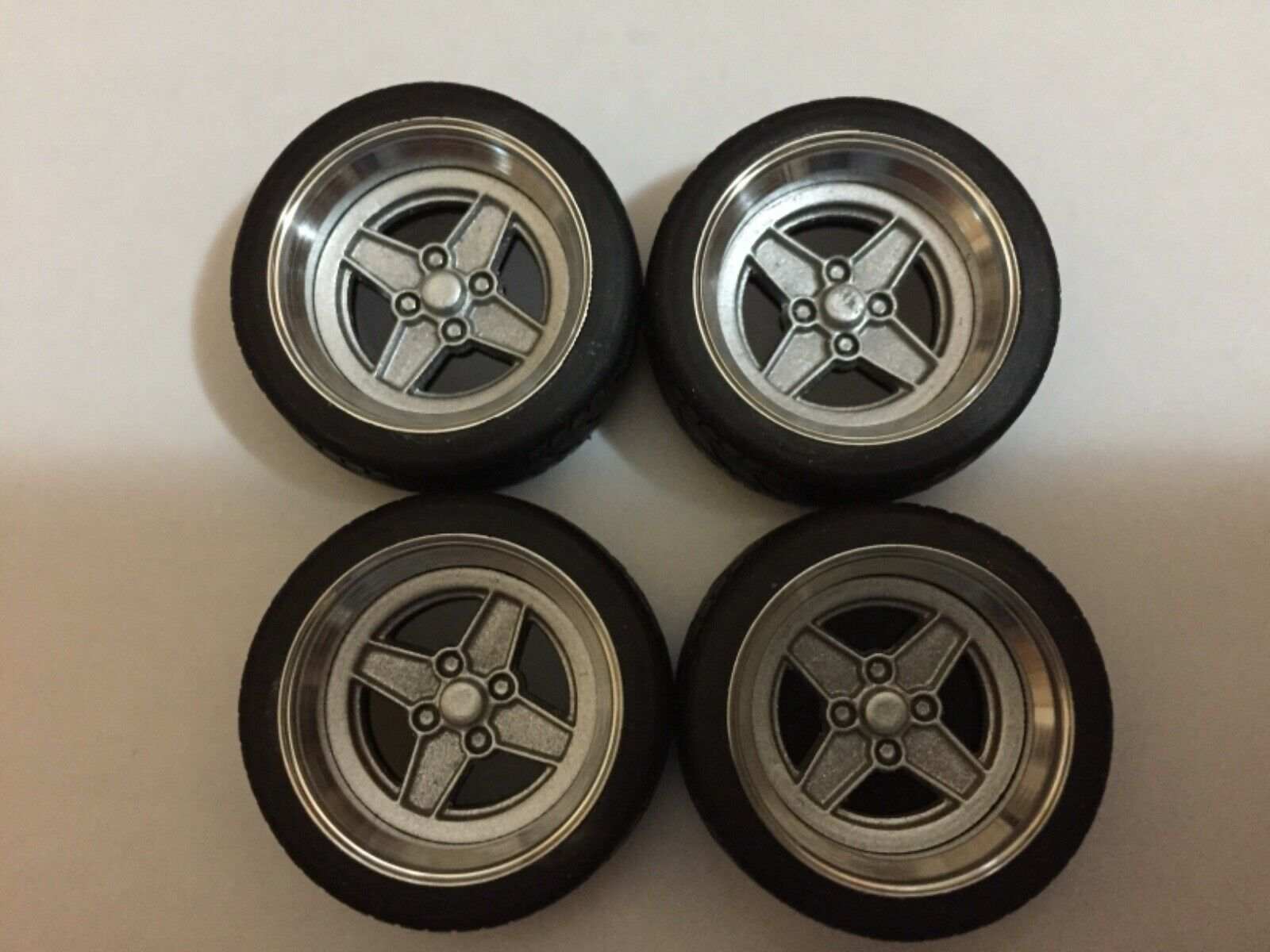 1 18 Scale Modified Véritable Aluminium 15  Ford RS wheels