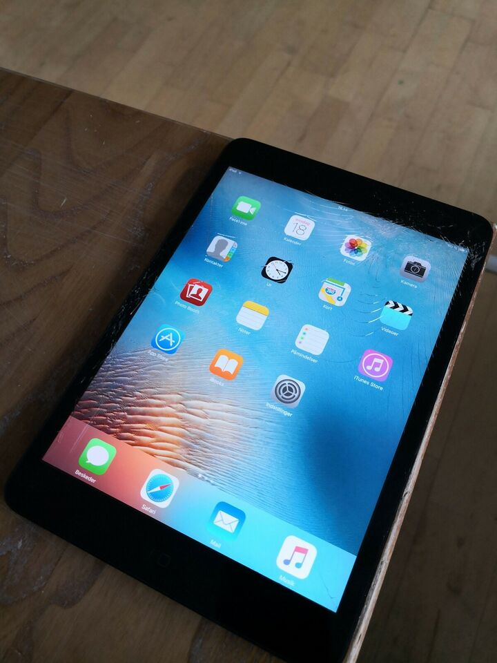 iPad mini, 32 GB, sort