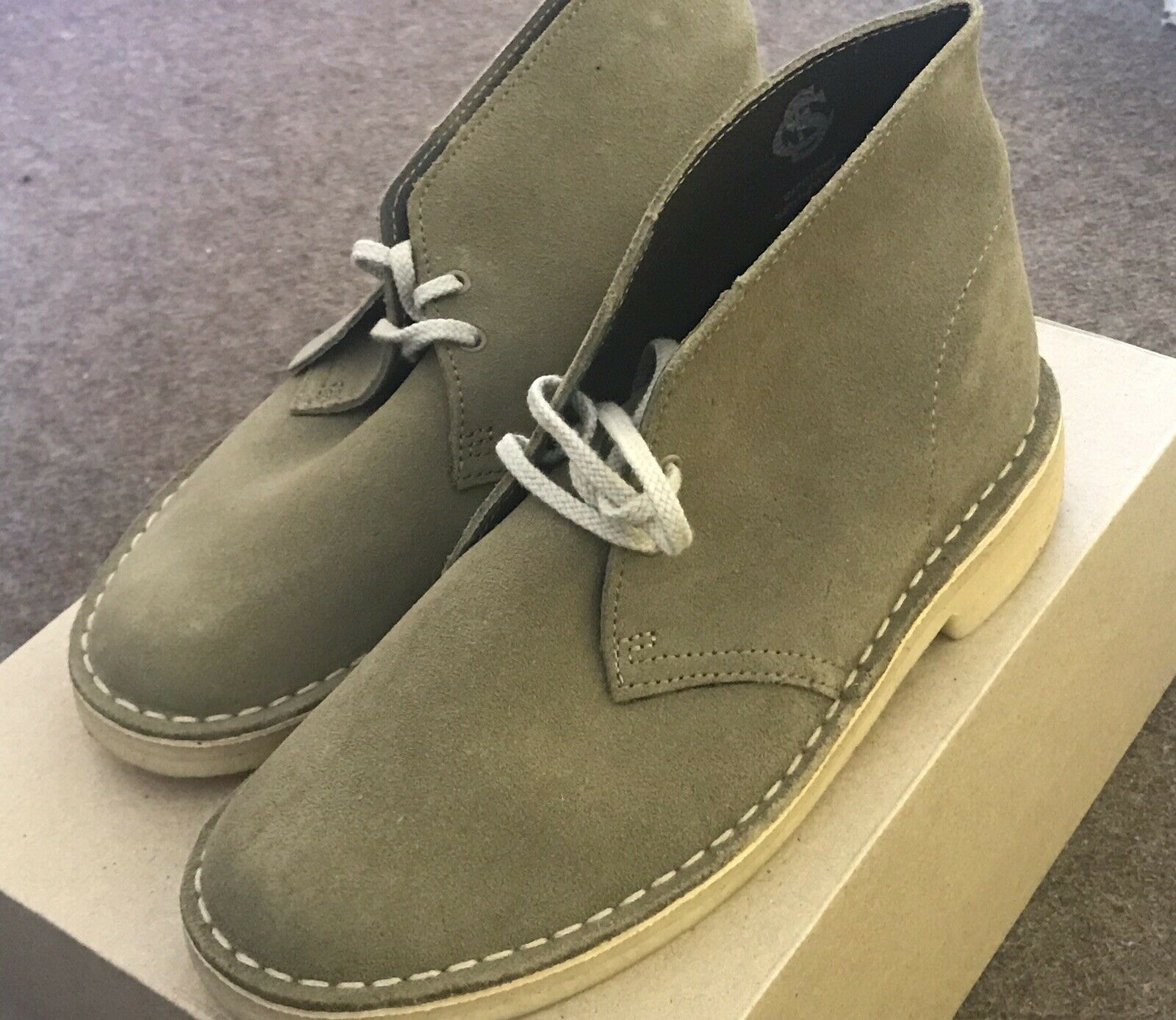 Clarks Originals Men Desert Boot Olive UK Size 5G/38