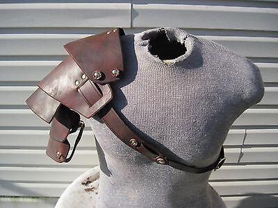 Leather Armor Sentinel spiked shoulder