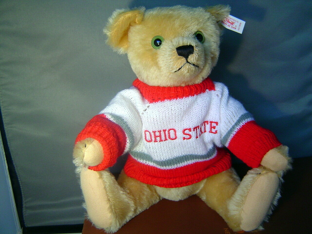 STEIFF  Anno Teddy Bear goes to the OHIO STATE game 14 inch 35 cm blonde mohair