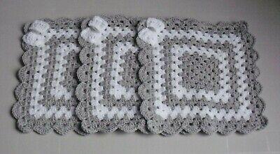 New Hand Crochet Baby Boys//Girls Grey /& White Comforter//Security Blanket