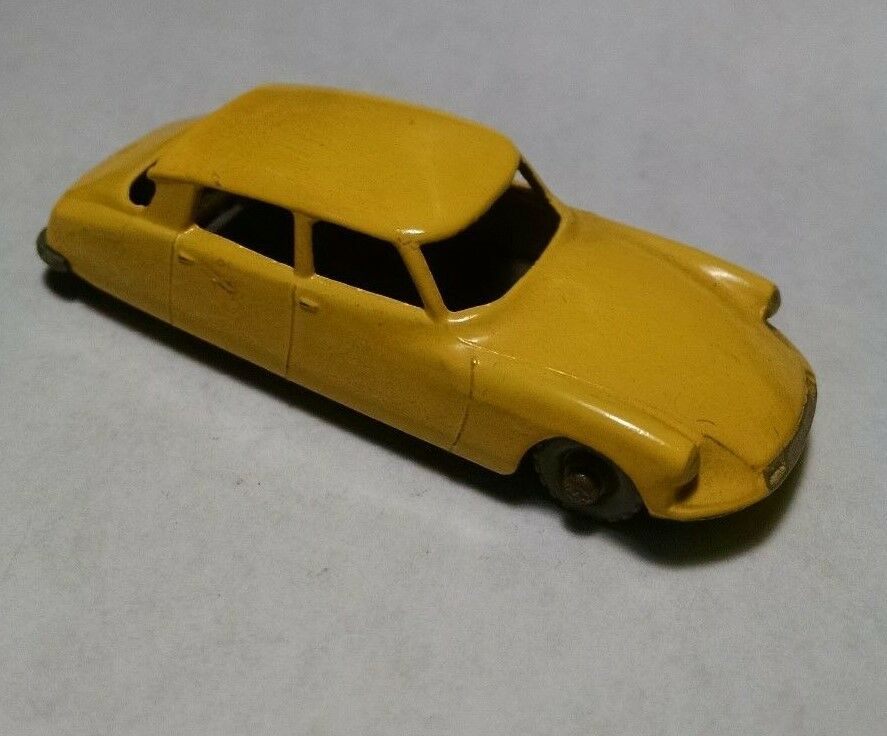 MATCHBOX REGULAR roue 66 CITROEN GPW 1959