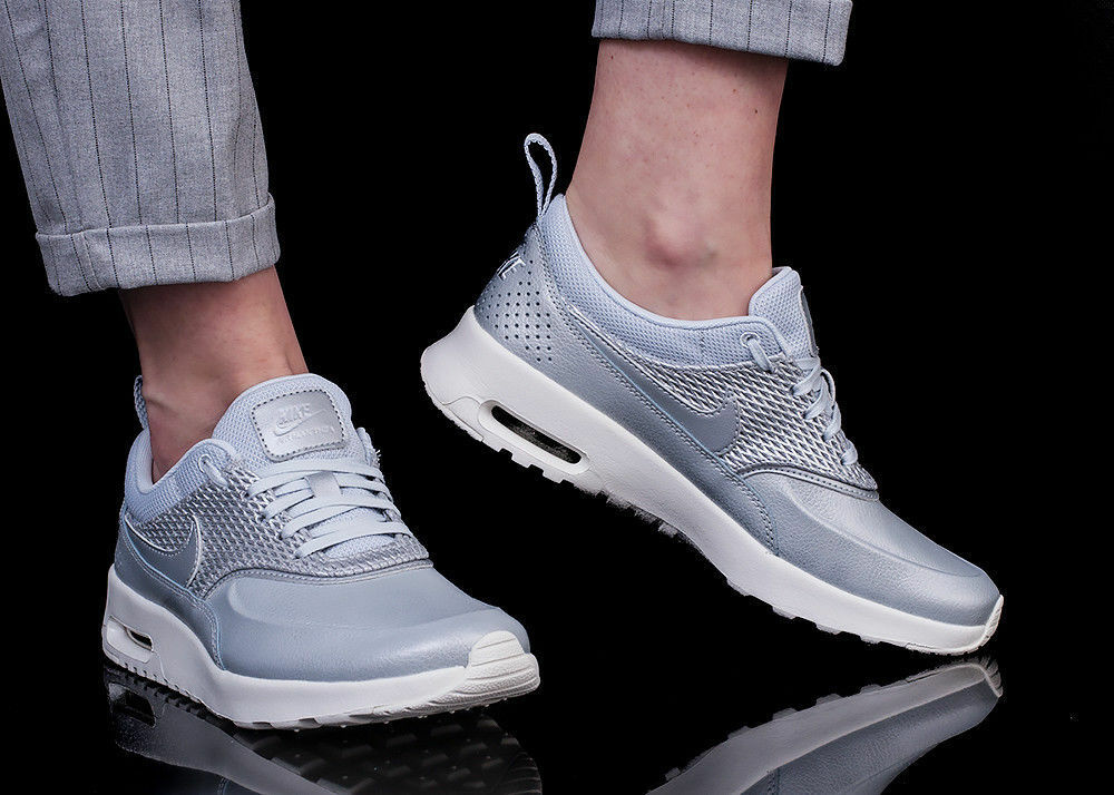 WOMENS NIKE AIR MAX THEA PRM SIZE 4 4 SIZE EUR 37.5 (904500 004) SILVER / WHITE 2aaf25