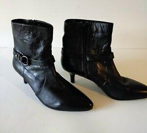 ANNE KLEIN Iflex Black Leather Side Zip Ankle Fashion Boots Bootie Size 9M.