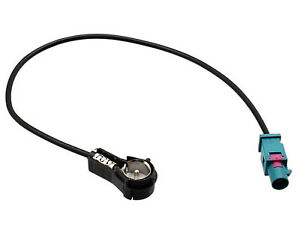 CT27AA18-VW-Golf-Male-Fakra-to-ISO-car-radio-aerial-antenna-adapter-2003-onwards