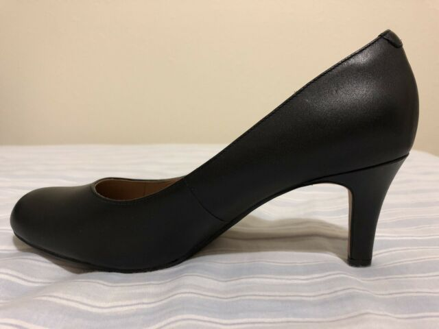 Clarks Pumps Classic Size 7 Brand New!!!!