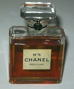 Vintage-Perfume-Bottle-Chanel-No-5-Bottle-Late-1970s-80s-1-OZ-Unused-Full
