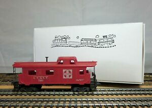 TYCO-Mantua-327-22-HO-Scale-Streamline-Offset-Cupola-Caboose-034-AT-amp-SF-7240-034