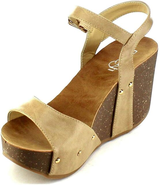 mara suede platform sandal