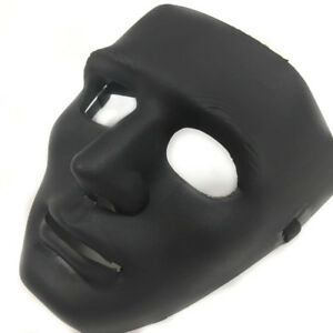 All that black mask