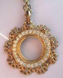 collier-pendentif-chaine-bijou-vintage-rosace-couleur-or-cristaux-diamant-797