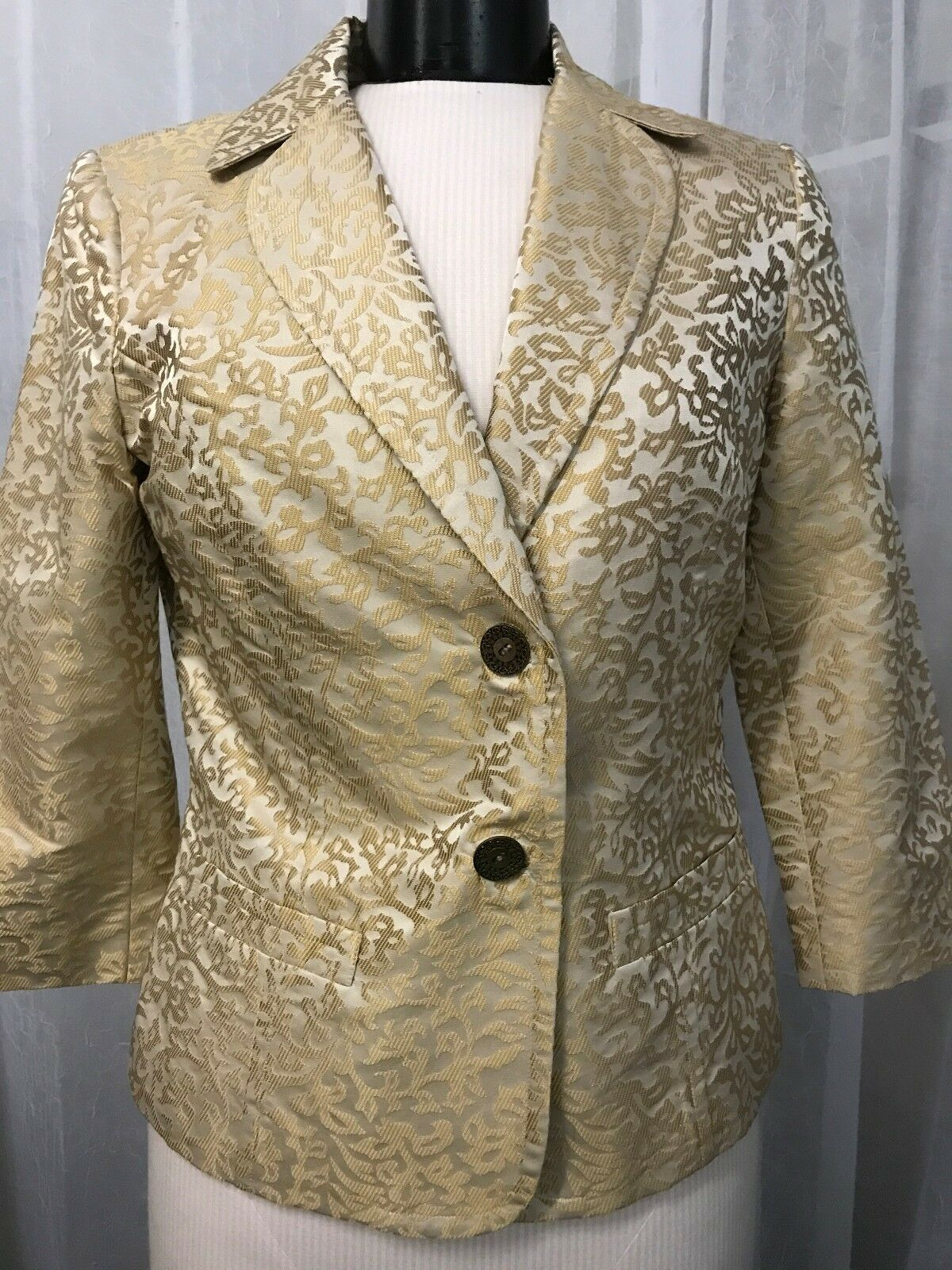 Sigrid Olsen Women's Blazer Tan and With gold Tapestry Print Blazer Size 6
