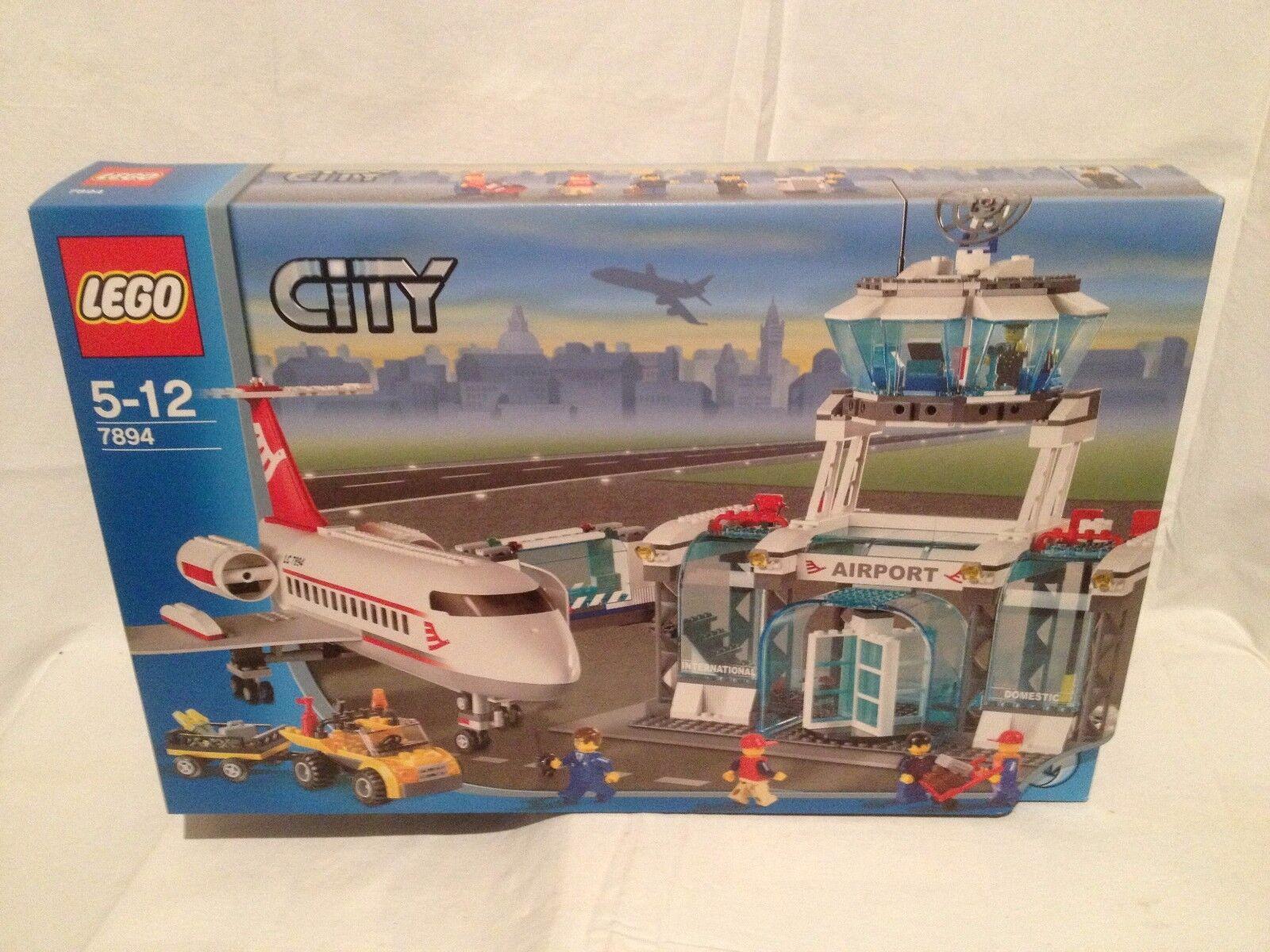 Lego City 7894 Aéroport NEUF 1 édition