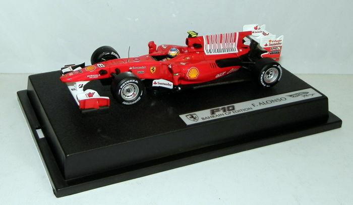 Hot Wheels 1 43 F1 Ferrari F10 - Fernando ALONSO - Bahrain GP 2010