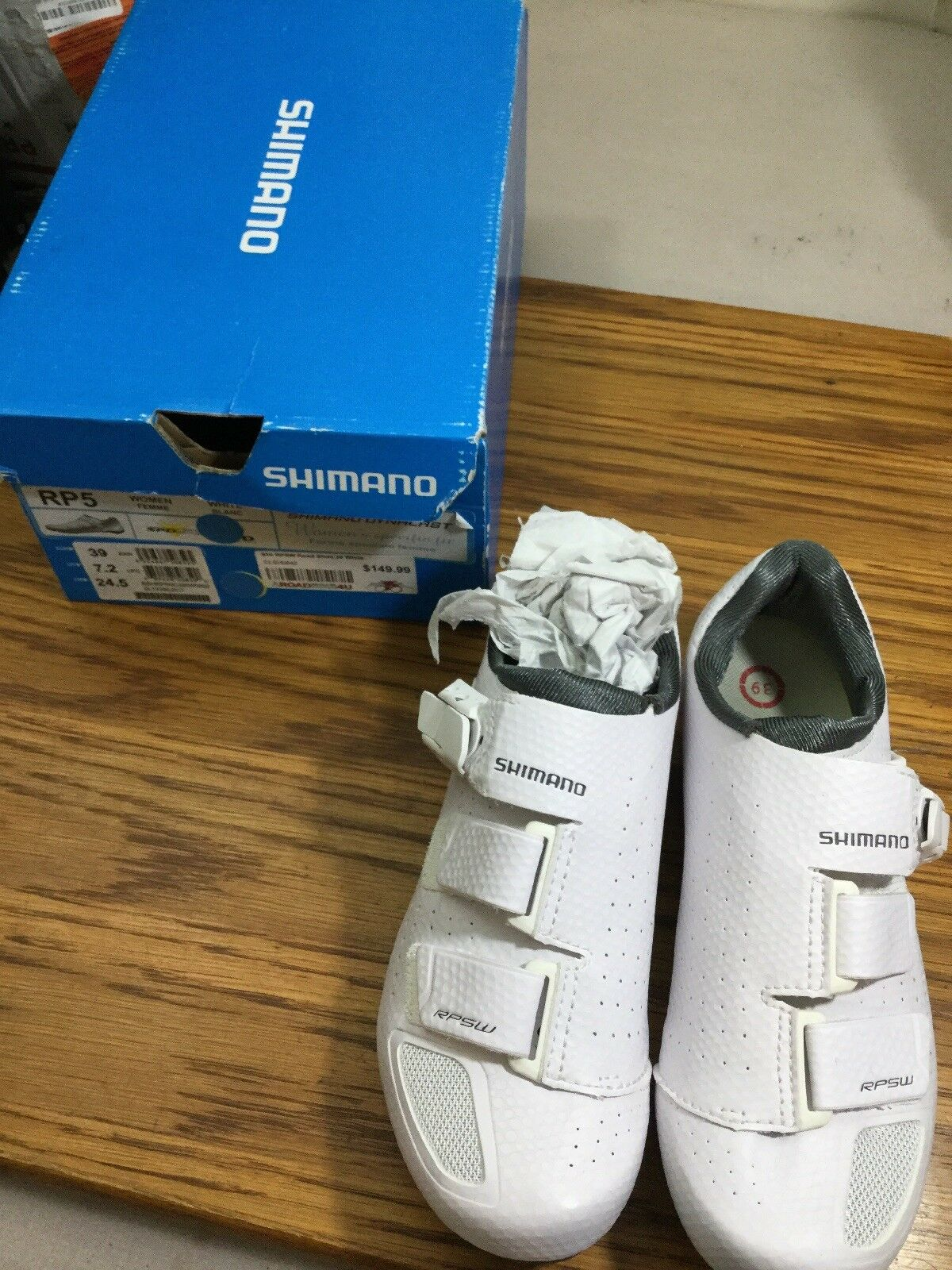 Shimano Rp5 Womens Road Cycling shoes  Size 39 Euro 7.2 Us  (6337-11)  for sale