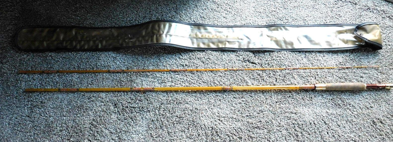 Condición de menta Heddon marca Dorado 50  8547 8' 6  2-pieza de fibra de vidrio volar Rod & CAS