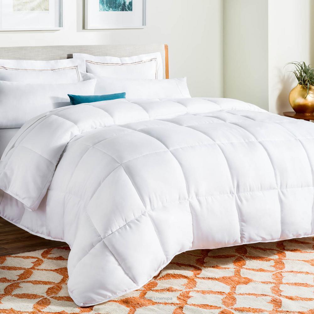 Linenspa Weiß Reversible Down Alternative Microfiber Quilted Comforter, Full