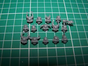 14-Chaos-Space-Marine-Heads-bits