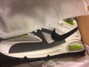 NIKE AIR MAX Command Sneaker 90 95 97 Gr:42,5 Premium Schuhe