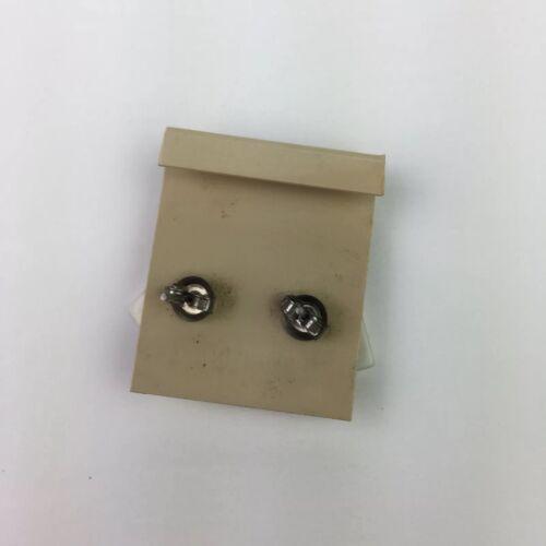"Vtg 80s Plastic Geometric Pierced Earrings Square White Yellow Colorblock 5//8/"""