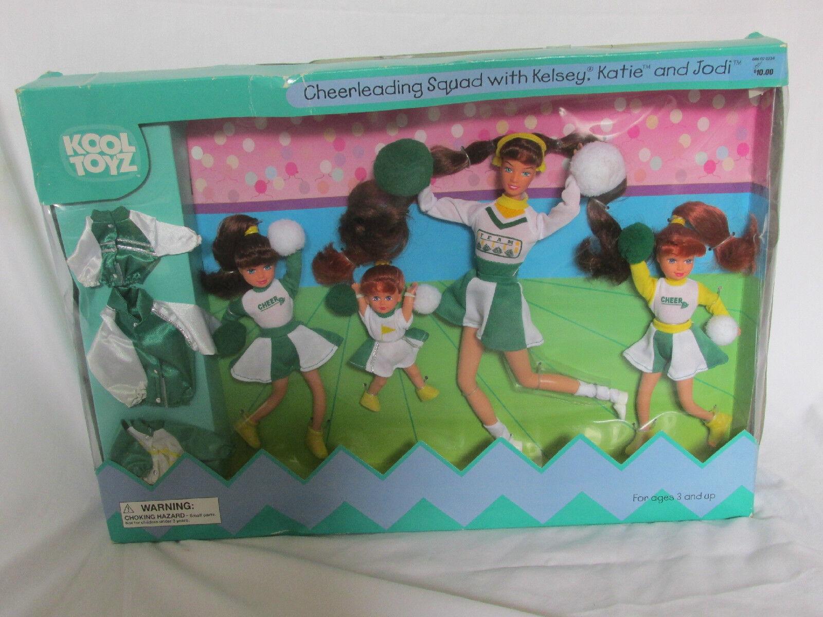 Nueva Kool Toys escuadra de porristas con Kelsey Katie & Jodi Barbie Set Muñeca 2000
