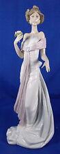 Lladro Porcelain Figurine Summer Infatuation #6366 with Box - Beautiful!