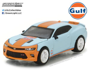 Greenlight-1-64-2017-Chevy-Camaro-Gulf-Oil-Hobby-Exclusive