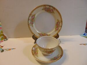 Diamond-cup-and-saucer-wth-dessert-plate