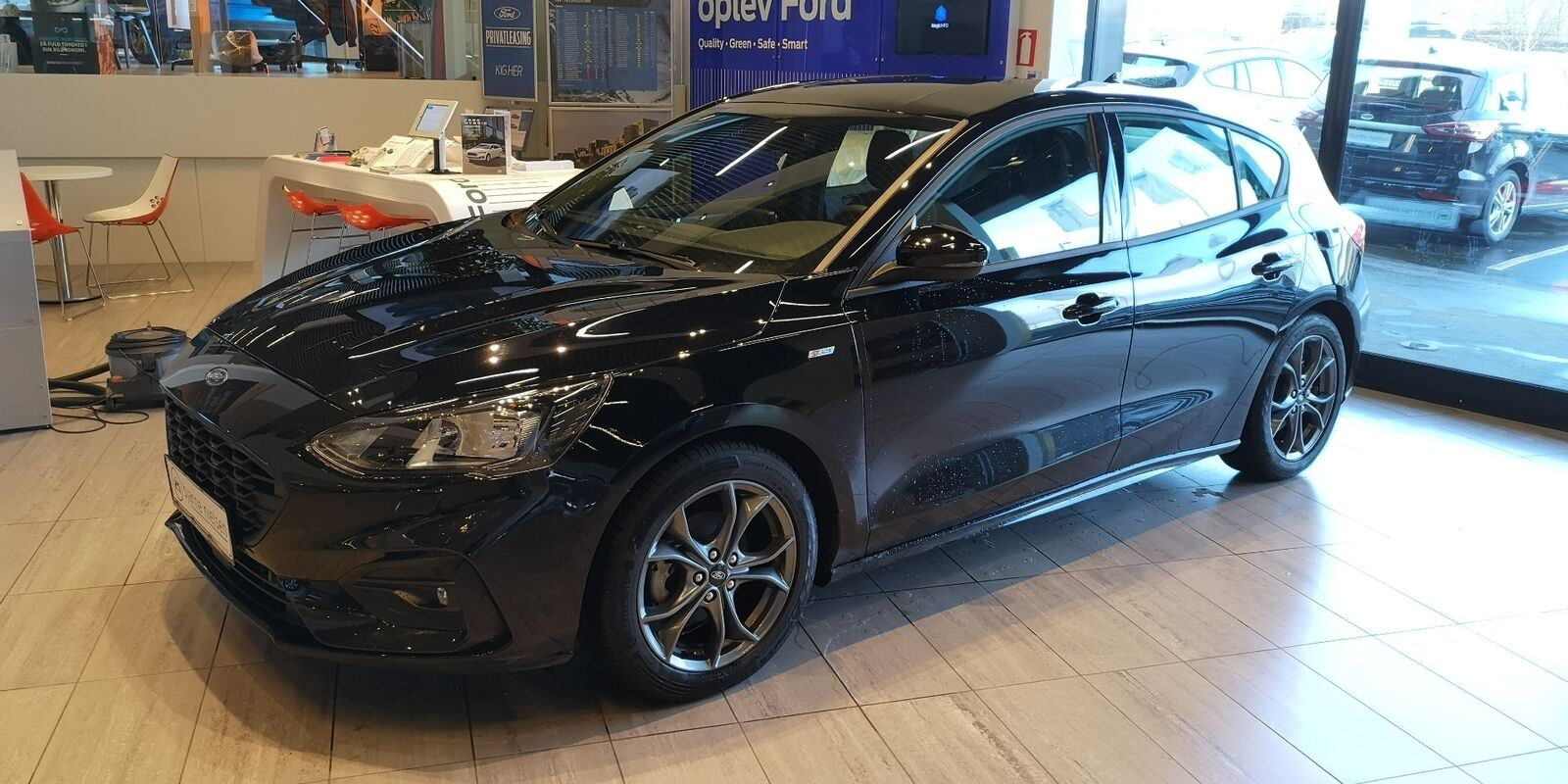 Ford Focus 1,0 EcoBoost ST-Line Business