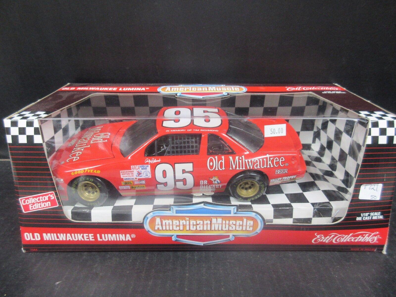 1995 ERTL  American Muscle Old Milwaukee Nº 95 Andy Belmont -- 1 18th échelle  soutenir le commerce de gros