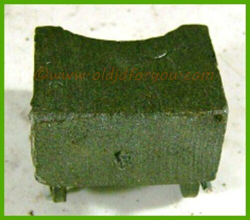 AC667R Single Arm Style John Deere A B G 60 720 820 R Governor Weight w// Pin