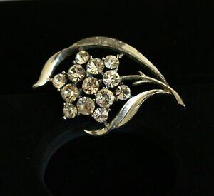 BROOCH-vintage-silver-tone-metal-flower-with-rhinestones