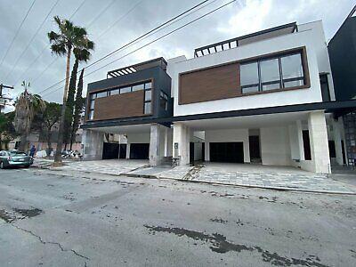 Casa en VENTA Zona San Pedro Mirasierra Monterrey