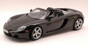porsche-carrera-gt-New-in-Box-motor-max-die-cast-collection-black-1-18-brand-new