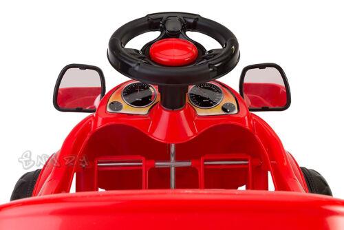 Macchina a pedali per bambini rossa auto per bambini