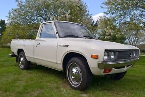 Looking for Datsun's Pickup or Sedans
