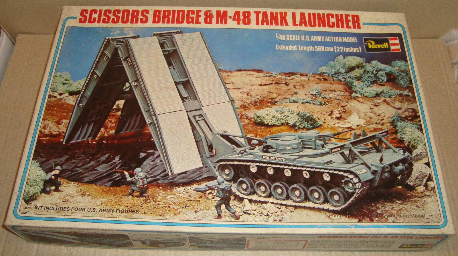 REVELL 1 40 SCALE H-558 U.S. ARMY SCISSORS BRIDGE & M-48 TANK LAUNCHER 1977