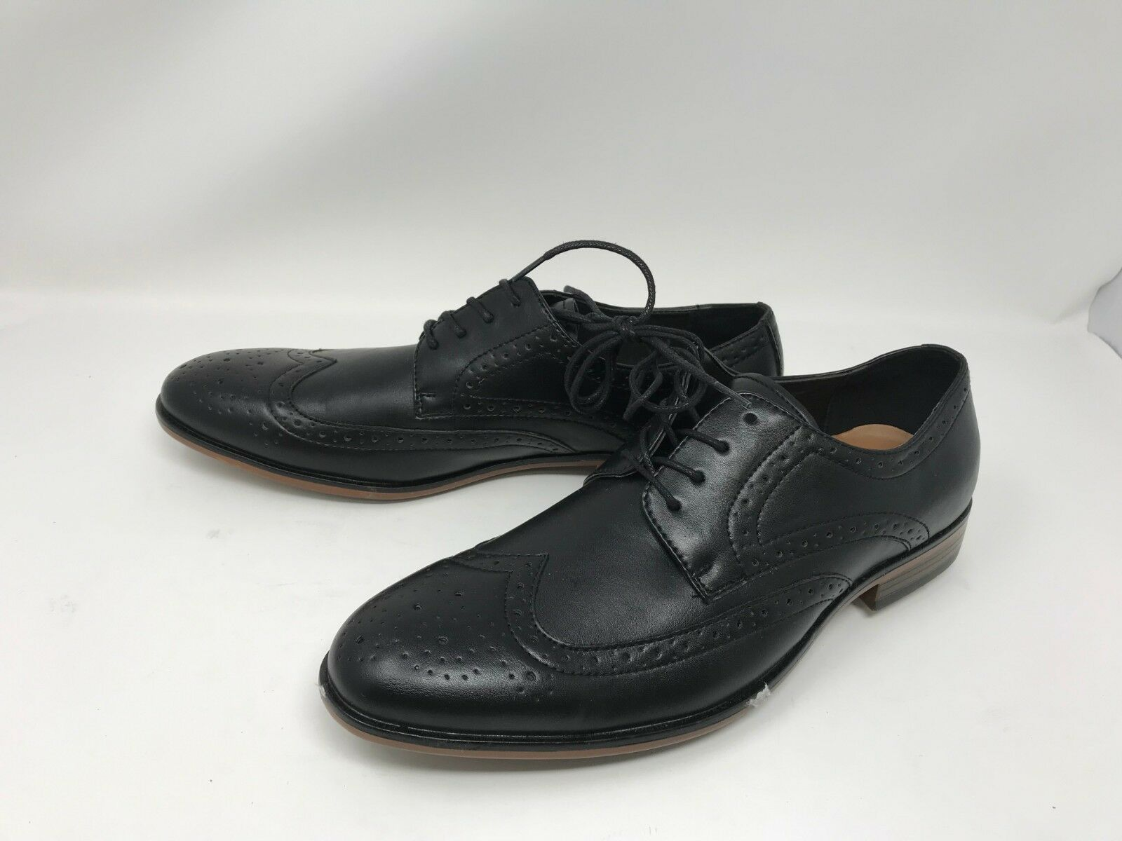 Mens Apt.9 (176490) Brewster Black wingtip dress shoes (13Q)
