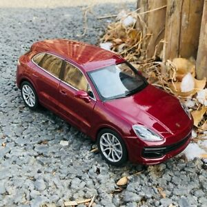 Welly-Escala-1-24-Porsche-Cayenne-Turbo-Sport-Utility-Vehicle-Red-Diecast-Juguetes-Modelo-de-coche