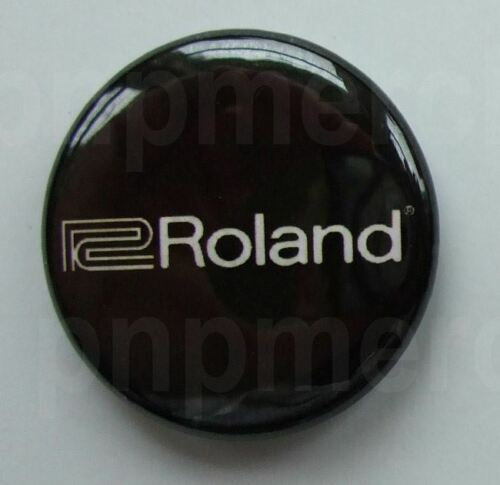 ROLAND Corporation logo 25mm pin buton badge Keyboards Synth Electronics