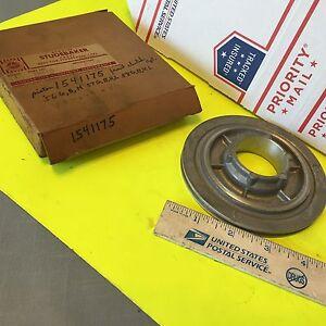 Studebaker transmission,  piston;  1541175.    Item:  6062