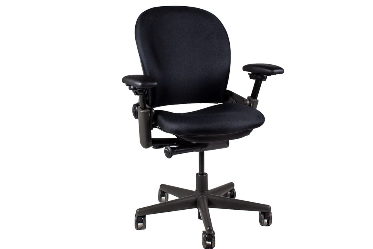 Steelcase Leap V36 Task Chair - Refurbished - Midnight Frame