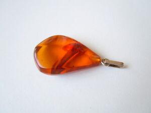 Gut Honig Natur Bernstein Tropfen Anhänger 835 Silber Öse 2,6 G Amber Antikschmuck Sammeln & Seltenes