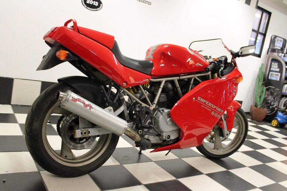Ducati, 600 Super Sport, ccm
