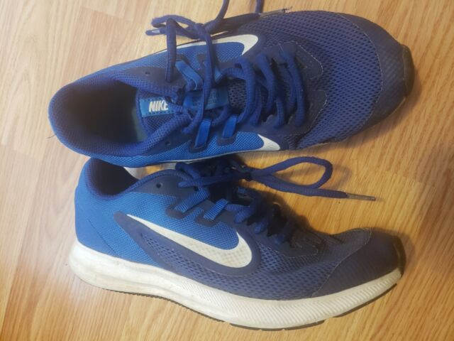 NIKE Youth Boys Kids Running Sneakers Shoes Size 4Y Blue